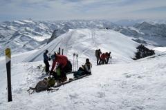Uživaški pogledi z vrha, zadaj je Grossglockner