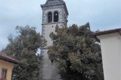 Cerkev v Škocjanu, za njo pa razgledi