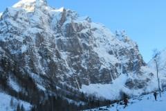 Mogočne stene pod najvišjimi vrhovi Karnijskih Alp
