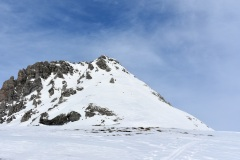 »Špura« za zadnji del je bila lepo urezana v svež sneg
